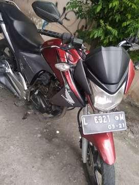 Honda Megapro 2011 lengkp pajak hidup normall jual seperti difoto