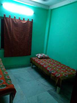 Paying Guest for Girls at Sector 4, Chingrighata, Kolkata with WiFi
