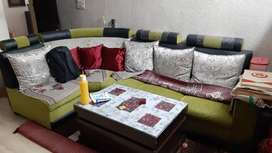 Sofa set in new condition