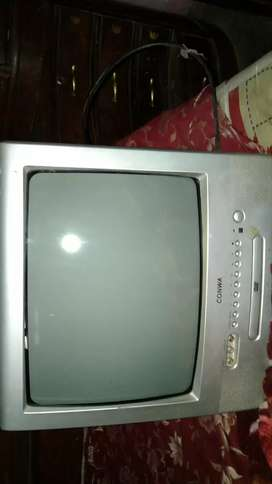 CONWA TV / DVD COMBINATION