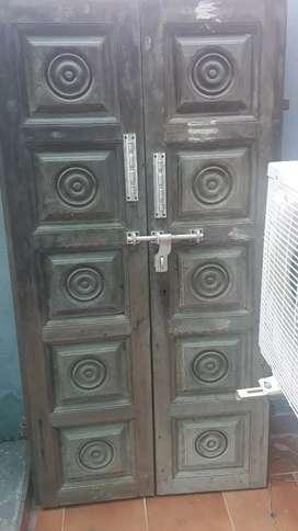 wodden main door .good qulity hevy door