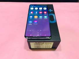 Samsung galaxy S10 plus # 128gb # 8gb ram # blue # full kit # 6 month