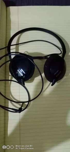 Sony headphones better condition