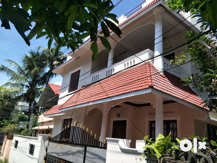 3 cent 1200 sqft house for sale at vennala 0