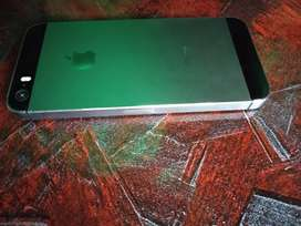 Iphone 5s with original box and charger