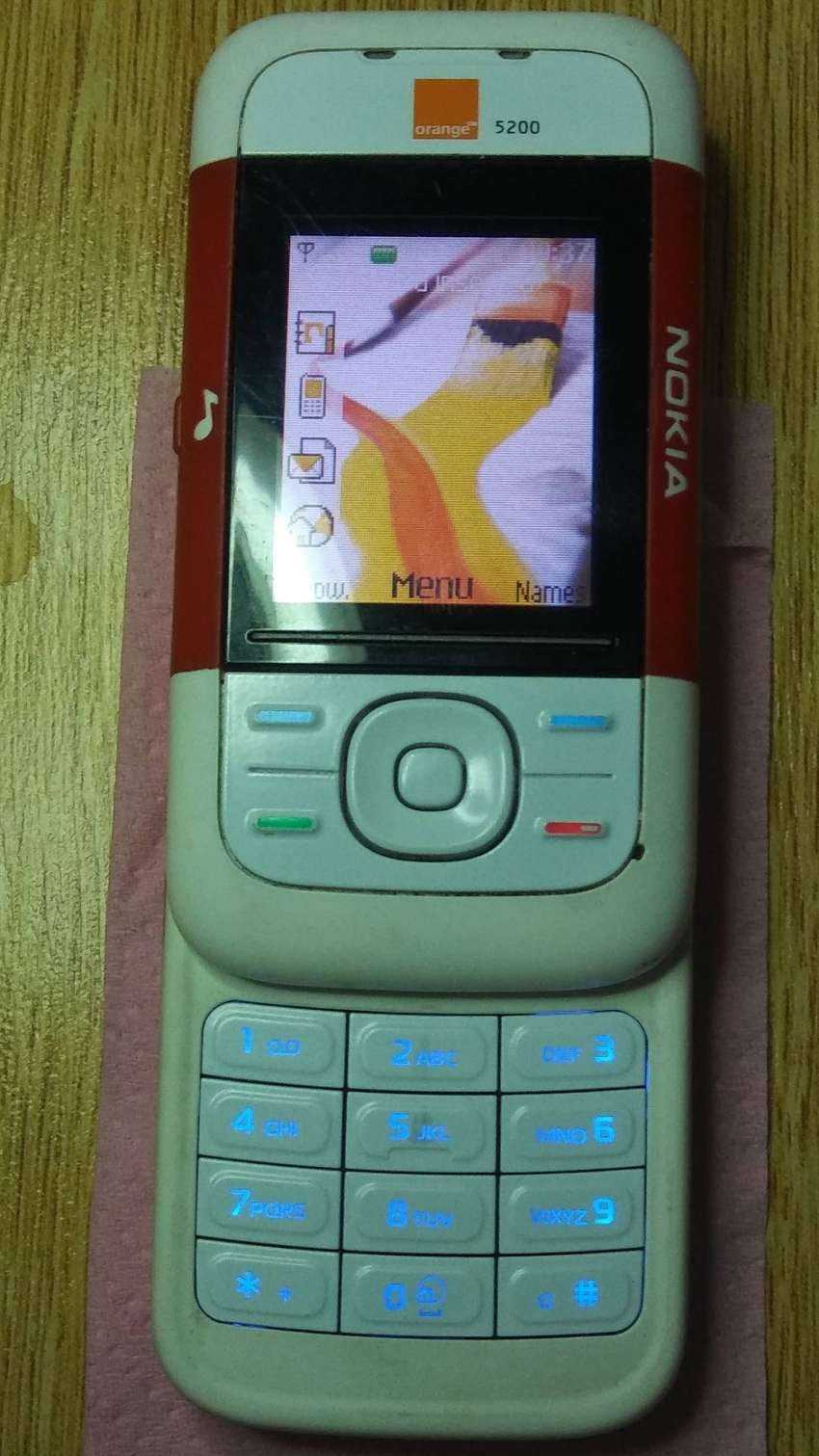 Nokia 5200 vintage old is gold good condition 0