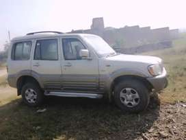 Mahindra Scorpio Getaway 2005 Diesel 150000 Km Driven