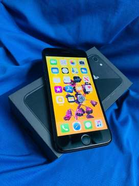 IPHONE 8 64GB BLACK COLOR MINT CONDITION