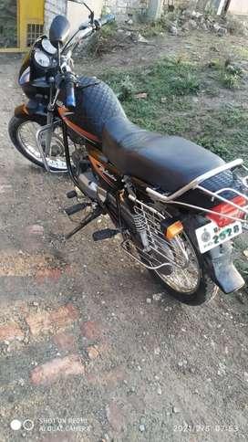 Kami koi nahi Tyre tube new ek hath ki chali hui