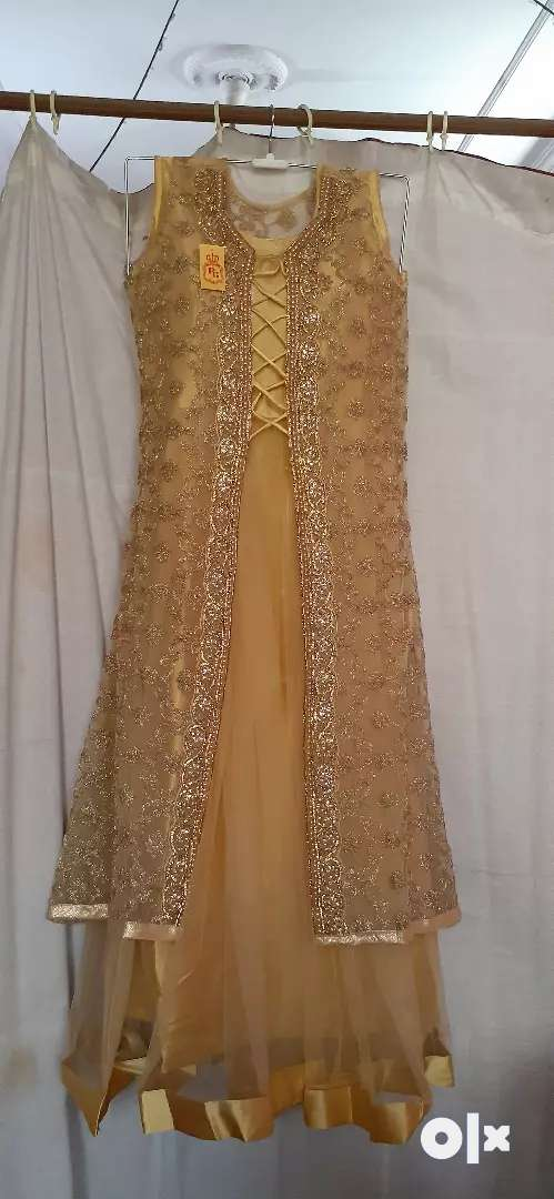 Beautiful  gown 0
