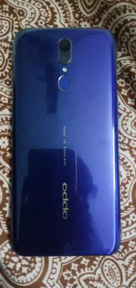 OPPO F11 with warrenty and complete box 4/64