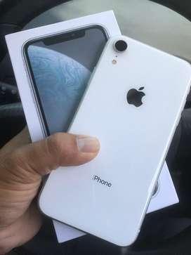 iphone XR 128gb white dual sim