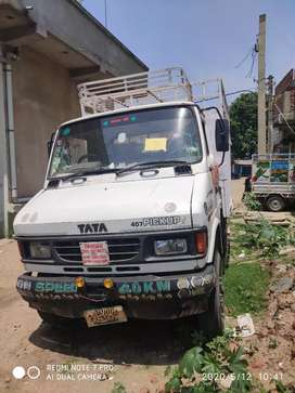 Selling of Tata407 pick up van