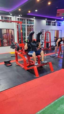 Dicari trainer gym buat di biak papua