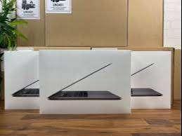 """DiMaRi KAmi Bisa TT/KReDiT Macbook Pro 2020 MWP52 13""""Ci5/16GB/1TB BNIB"""
