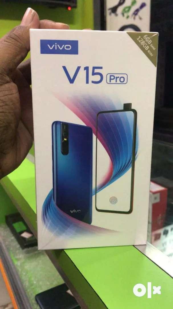 New Vivo V15 & v15 pro 6gb 8gb sealed with bill 1 year warranty 0