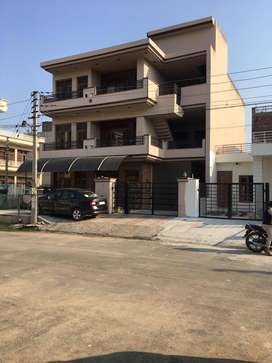 308 sq yd ,9Bed,9Bath ,Triple Storey House for Sale in Sector-78 Mohal