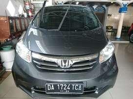 Honda freed PSD tahun 2013 matik abu abu grey