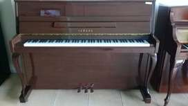 Piano Yamaha LU-110T