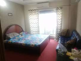 2 bed unfurnished apartment available