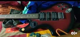 Guitar electric with amplifier