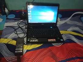 Laptop Fujitsu layar 14 inch fullset