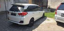 Honda mobilio putih 2014 manual milik pribadi