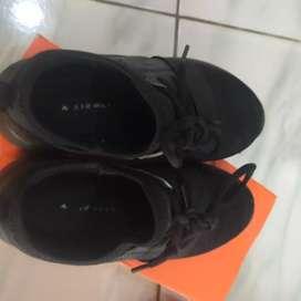 Sepatu airwalk sepatu sekolah atau untuk jalan