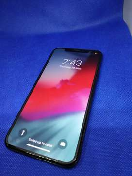 Apple iPhone X 64GB with all accessories & warranty