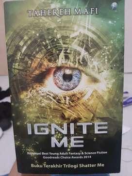 Ignite Me (Tahareh Mafi)
