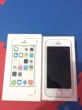 Iphone 5s (bekas)