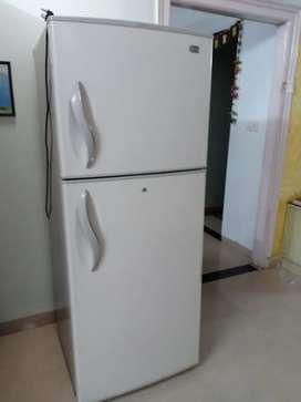 LG 420 lit fridge ideal for big family/hostle