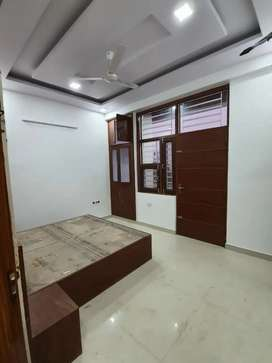 2bedroom semi furnished apartment for sale near by Mansarover