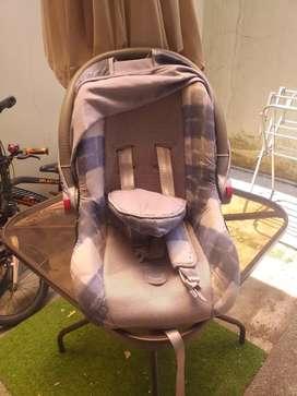 Car seat bayi bekas