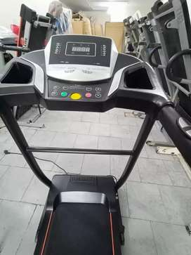 Blue ocean treadmil like new 0306(2340499) PL call me at this no
