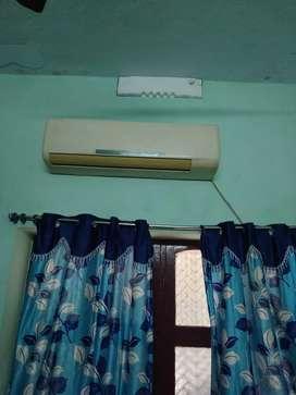 Split AC good condition