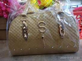 Ladies purse rupees 500