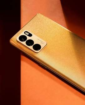 Oppo reno 6pro gold edition available for sale !! Wit all accessories