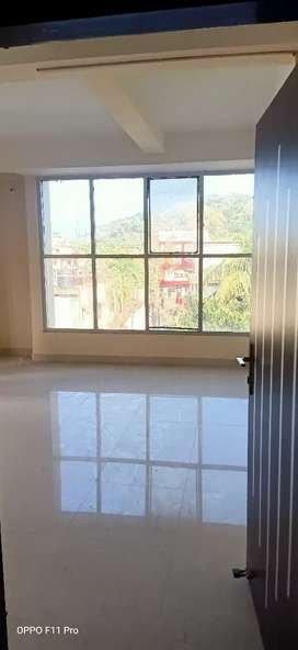 Commercial 440 square feet ariya available at zoo road
