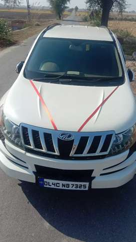 XUV5OO new condition with NOC