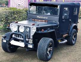 Matt black modify jeep