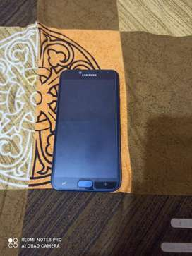 Good condition Samsung j4