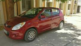 Urgent selling of well maintained i 20 at very less price