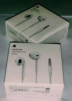 Finding them Apple iPhone 6 brand new sealed packed earphones