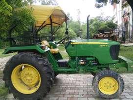 Jondeer tracter 5045. 45 hp