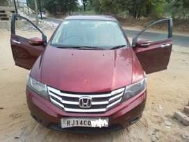 Honda City 2012 1.5 V MT with Sunroof