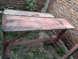 Meja dan kursi kayu Rp 40rb aja