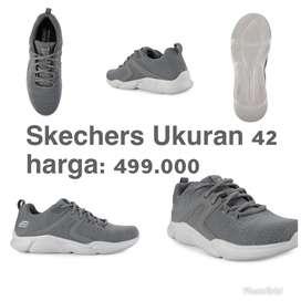 Sepatu Sneakers Original 100%