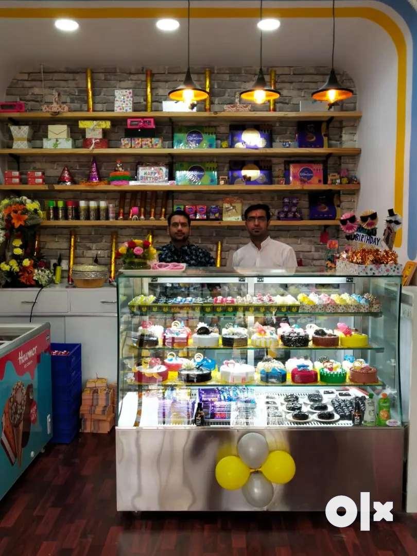 Branded Cake Franchise Shop for sell