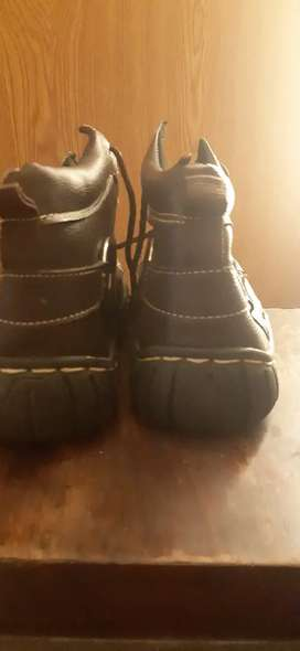 Diggers shoes new for sale